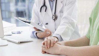 Novecojušas aparatūras dēļ pacientēm netika atklāts vēzis