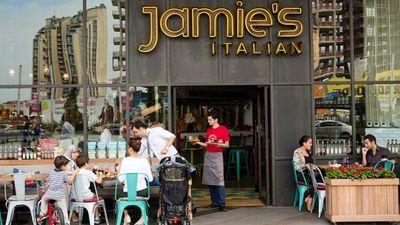 Šefpavāra Džeimija Olivera restorānu tīklam draud slēgšana