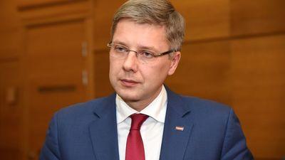 Pulks: Ušakovs visus 10 gadus piekopis Putina valdīšanas politiku