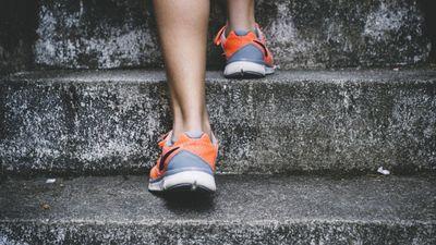 Kas jādara, lai būtu stipri kauli? Komentē mugurkaula ķirurgs