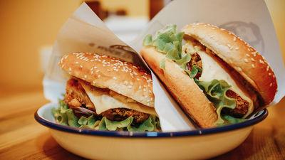 Garšo burgeri? Apmeklē Rīgas burgeru festivālu!