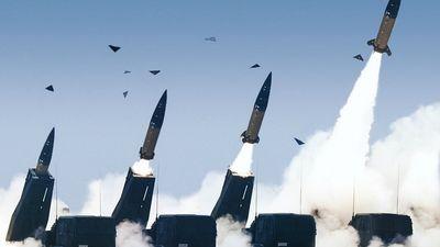 Vai Eiropai jāsatraucas par ASV un Krievijas bruņošanos ar kodolieročiem?