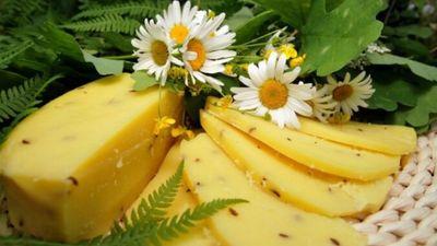Pagatavo mājās! Jāņu siera recepte