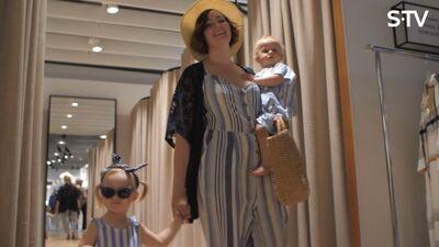 Idejas saskaņotam mammu un meitu apģērbam