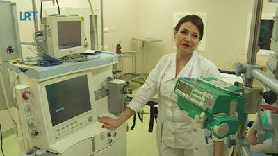 Balvu un Gulbenes slimnīcu apvienībā atklāta moderna operāciju zāle