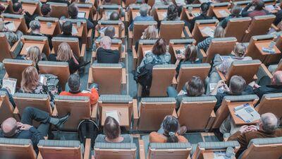 Muktupāvela: Ja gribam tikt līdzi pasaulei, jātiecas uz valsts apmaksātām bakalaura studijām