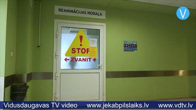 """Jēkabpils reģionālās slimnīcas vadītāja: """"Sabiedrībai jābeidz ākstīties!"""""""