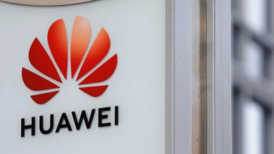 Eksperte par Huawei datu noplūdi Ķīnas specdienestiem