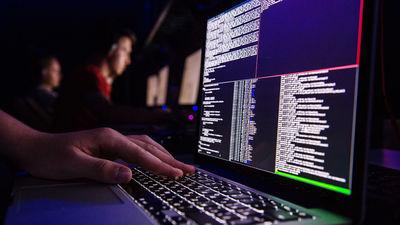Kā iedalās kibernoziedznieki?