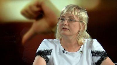 No JKP izslēdz divus deputātus - skaidro Juta Strīķe