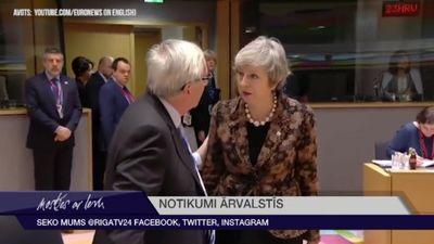 """Meja paziņo, ka nepieciešams papildus laiks """"Brexit"""" sarunām"""