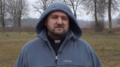 Priesteris Mediņš: sabiedrībā ir maz tēvu un daudz tēviņu