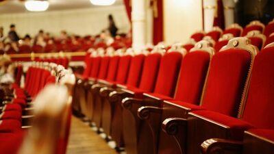Vai Valmieras Drāmas teātris cels biļešu cenas?