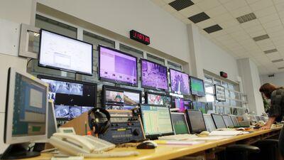 Zatlers par LNT un TV3 apvienošanu