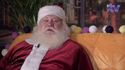 Kā Ziemassvētku vecītis tiek galā ar nešpetnākajiem bērniem?