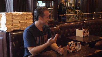 Rešetins pie viena galda ar Ļeņinu