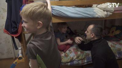 Kā vienkārši tikt galā ar bērniem pirms miega?