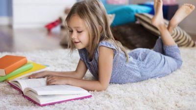 Jo ātrāk bērnu radina pie grāmatas, jo labāk, uzskata Šuplinska