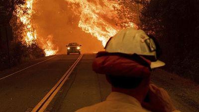 Neticami: Ģimenes glābšanās brauciens cauri ugunsgrēkam Kalifornijā
