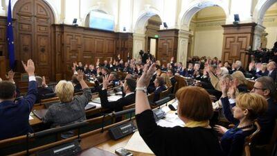 Vai pašvaldību vadītāji ir ieinteresēti Saeimas atlaišanā?