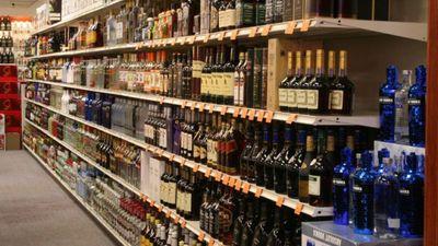Akcīzes nodokļa samazināšana alkoholam Igaunijā radīs zaudējumus Latvijai - kā rīkoties?