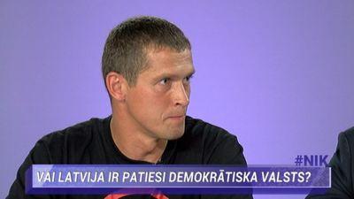 Jurašs: Lēmumus Saeimā pieņem sponsori, deputāti ir tikai balsojamās mašīnas