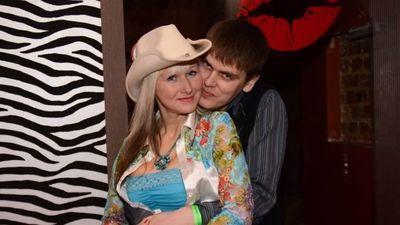 Dziedātāja Linita par iepazīšanos ar  savu 14 gadus jaunāko vīru