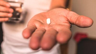 Kā izpaužas nelīdzestība zāļu lietošanā?