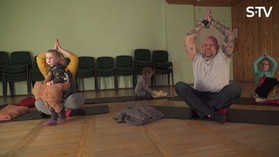 Kā joga palīdz cilvēkiem?