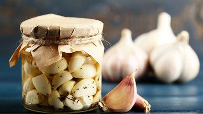Veselīgs jaunums – ķiploki konservēti ar linsēklām!