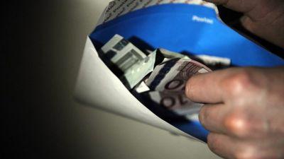 Skaidra nauda - ēnu ekonomikas pamatsastāvdaļa?