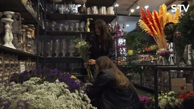 Oriģināls pirmais randiņš - izveido ziedu pušķi kopīgiem spēkiem!