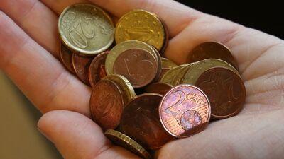 Tiesībsargs: 53 vai 64 eiro - jebkurā gadījumā esam nabadzības līmenī