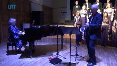 Dobelē aizvadīts diriģenta Jāņa Zirņa 75 gadu jubilejas koncerts