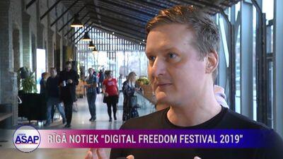 """Rīgā notiek """"Digital Freedom Festival 2019"""""""