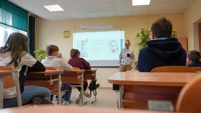 Šuplinska: Skolēniem šobrīd pietrūkst socializācijas un padoma jautāšana skolotājiem