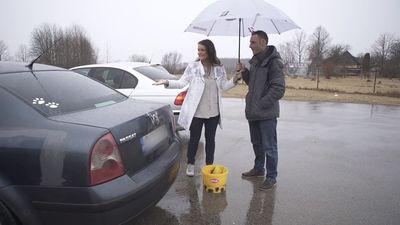 Kāpēc Santa Āmane lietus laikā mazgā mašīnu?