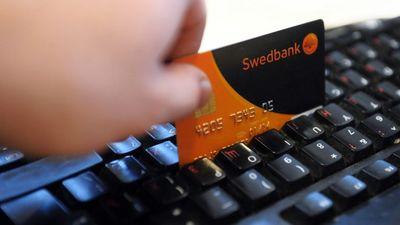 """Putniņš: Krāpnieki mēģina izmantot """"Swedbank"""" situāciju"""