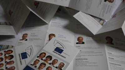 EP pieņemts strīdīgs dokuments par korupcijas apkarošanu