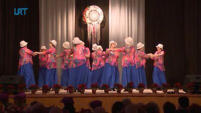 Senioru deju kopas sadejojas Dagdā