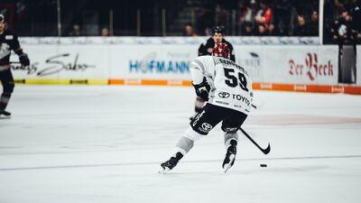 Pucens: Ļoti iespējams, ka Saeima atļaus skatītāju klātbūtni pasaules čempionātā hokejā
