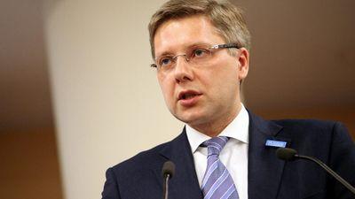 """Vai Ušakovs ES priekšvēlēšanu laikā """"kausies"""" ar Ždanoku?"""
