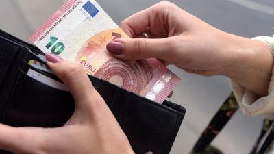 No septembra mēneša minimālā skolotāju alga būs 710 Eiro