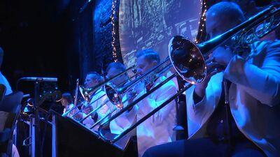 """Koncerts """"Sinatra Ziemassvētkos"""" 3. daļa"""