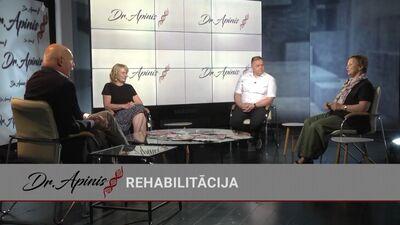 Fizikālās un rehabilitācijas medicīnas ārsti diskutē par teipošanu