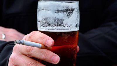Alkohols un nikotīns – aizkuņģa dziedzera galvenie kaitnieki!