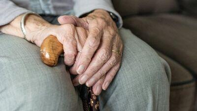 Viedoklis: Pensionāri valdības interesēs ir pēdējā vietā
