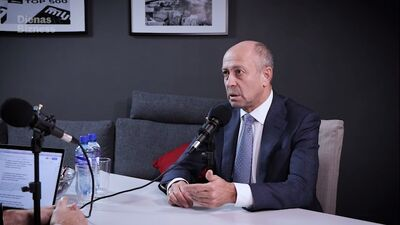 Burovs: Koalīcijas vēlmes ir svarīgākas par juridisko procesu