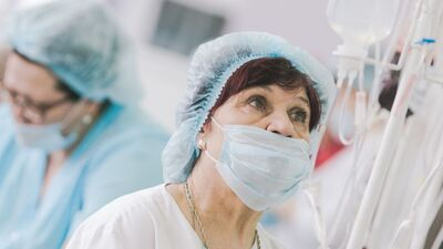 Kritiskās situācijas dēļ kļūt par medmāsu būs vieglāk