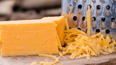 Vai zini, kurš ir populārākais siers pasaulē?